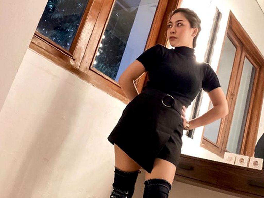 Liza Aditya Diprotes Orang Tua karena Tampil Seksi