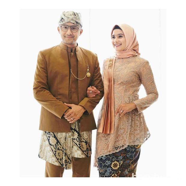 Cantiknya sosok Sonya Fatmala, artis sekaligus istri Henky Kurniawan selaku Wakil Bupati Bandung Barat.