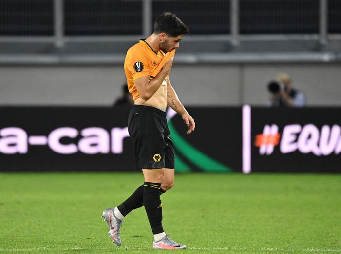 DUISBURG, GERMANY - AUGUST 11: Pedro Neto of Wolverhampton Wanderers looks dejected following the UEFA Europa League Quarter Final between Wolves and Sevilla at MSV Arena on August 11, 2020 in Duisburg, Germany. (Photo by Ina Fassbender/Pool via Getty Images)