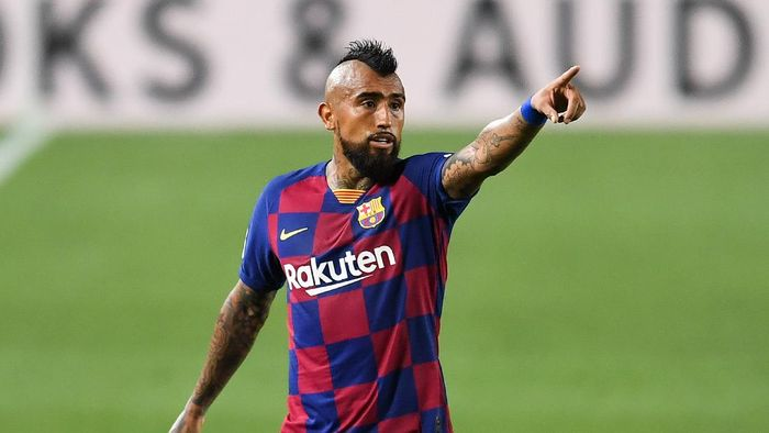 BARCELONA, SPAIN - JUNE 30: Arturo Vidal of FC Barcelona reacts during the Liga match between FC Barcelona and Club Atletico de Madrid at Camp Nou on June 30, 2020 in Barcelona, Spain. (Photo by David Ramos/Getty Images)