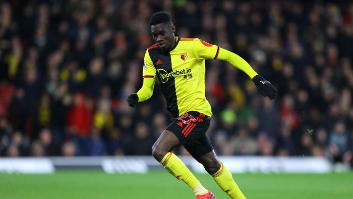 WATFORD, ENGLAND - FEBRUARY 29: Ismaila Sarr of Watford in action during the Premier League match between Watford FC and Liverpool FC at Vicarage Road on February 29, 2020 in Watford, United Kingdom. (Photo by Richard Heathcote/Getty Images)