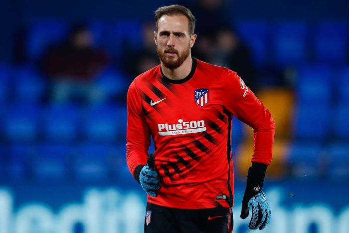 VILLAREAL, SPAIN - DECEMBER 06: Oblak of Atletico de Madrid during the warm up o Liga match between Villarreal CF  and Club Atletico de Madrid at Estadio de la Ceramica on December 06, 2019 in Villareal, Spain. (Photo by Eric Alonso/Getty Images)
