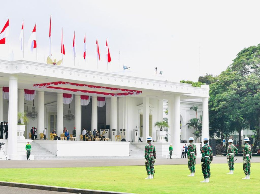 Jokowi Saksikan Geladi Peringatan Detik-detik Proklamasi Kemerdekaan RI