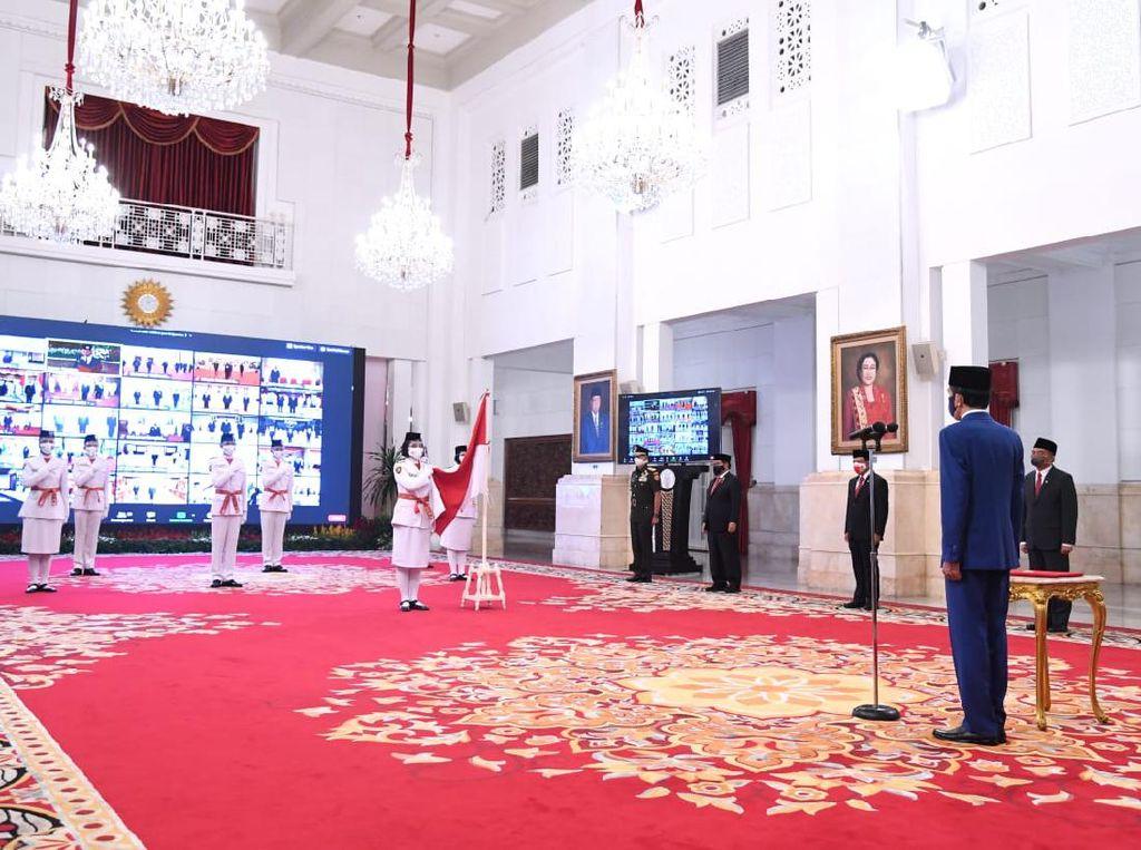Paskibraka Pembawa Baki Bendera di Istana: Indrian Puspita dari Aceh