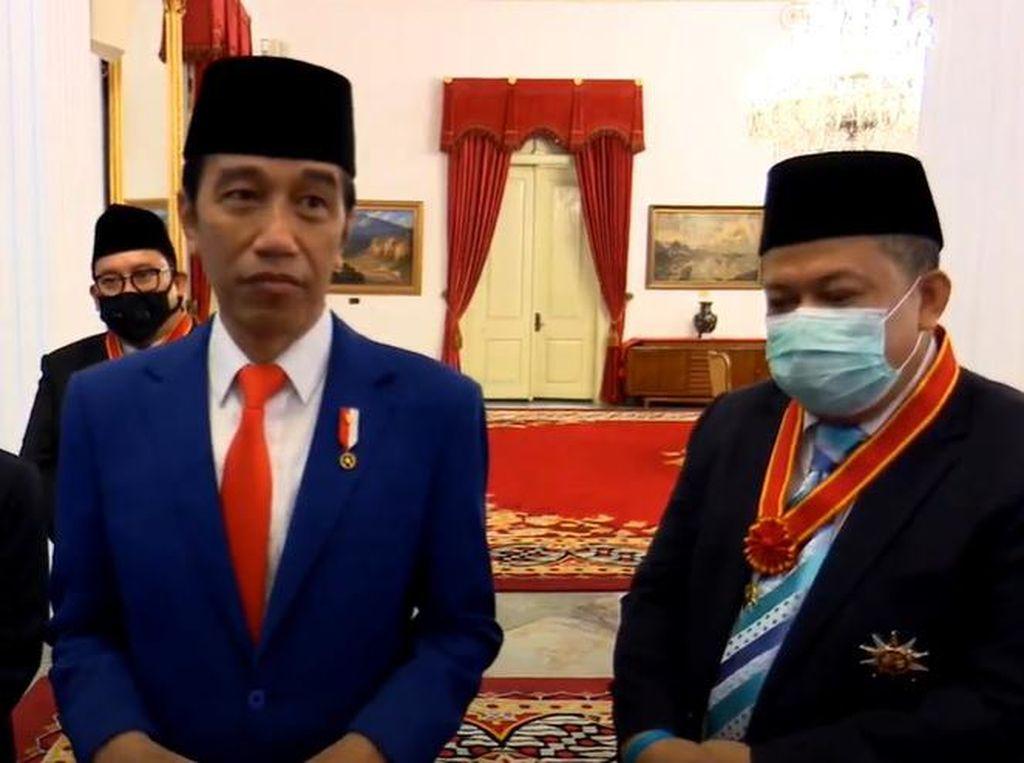 Jokowi Beri Penghargaan, Fahri-Fadli Bisa Belajar dari Probowo