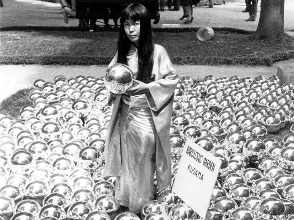Karya Instalasi Yayoi Kusama Mejeng di Amerika saat Pandemi