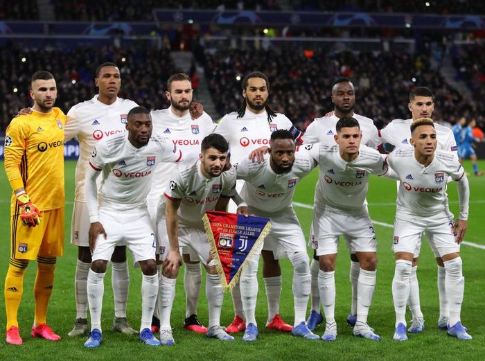 LYON, FRANCE - FEBRUARY 26: The Olympique Lyon players pose for a team photo prior to the UEFA Champions League round of 16 first leg match between Olympique Lyon and Juventus at Parc Olympique on February 26, 2020 in Lyon, France. (Photo by Catherine Ivill/Getty Images)