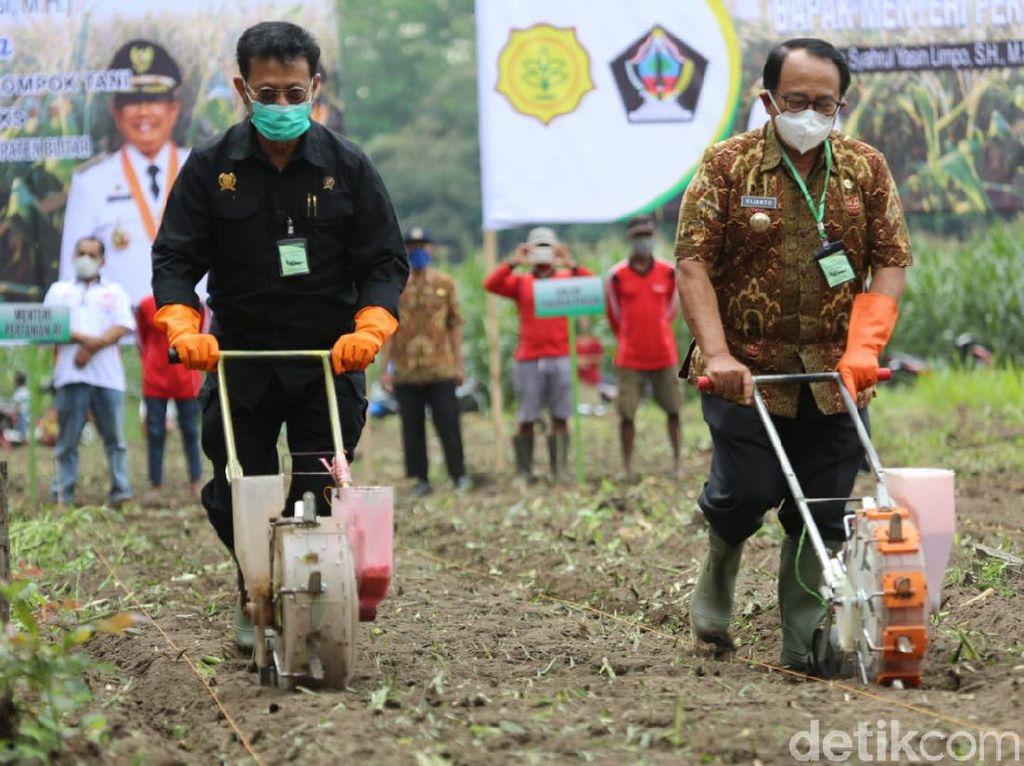 Mentan Sebut Bertani Sebagai Salah Satu Cara Terbebas dari COVID-19