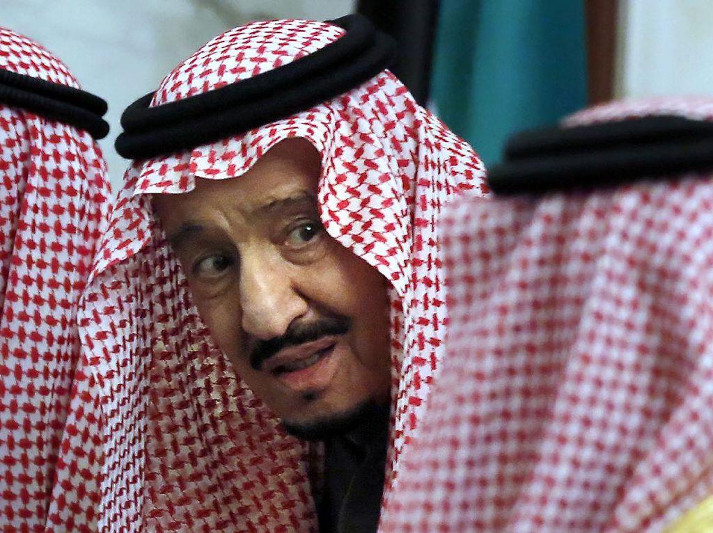 Raja Salman Pecat Menteri Urusan Haji dan Umroh Arab Saudi