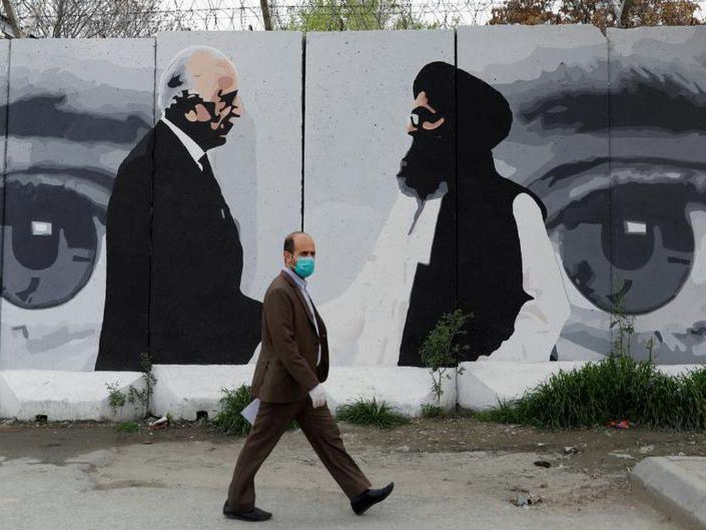 Taliban Ancam Akhiri Perdamaian Jika Pemerintah Khianati Perjanjian