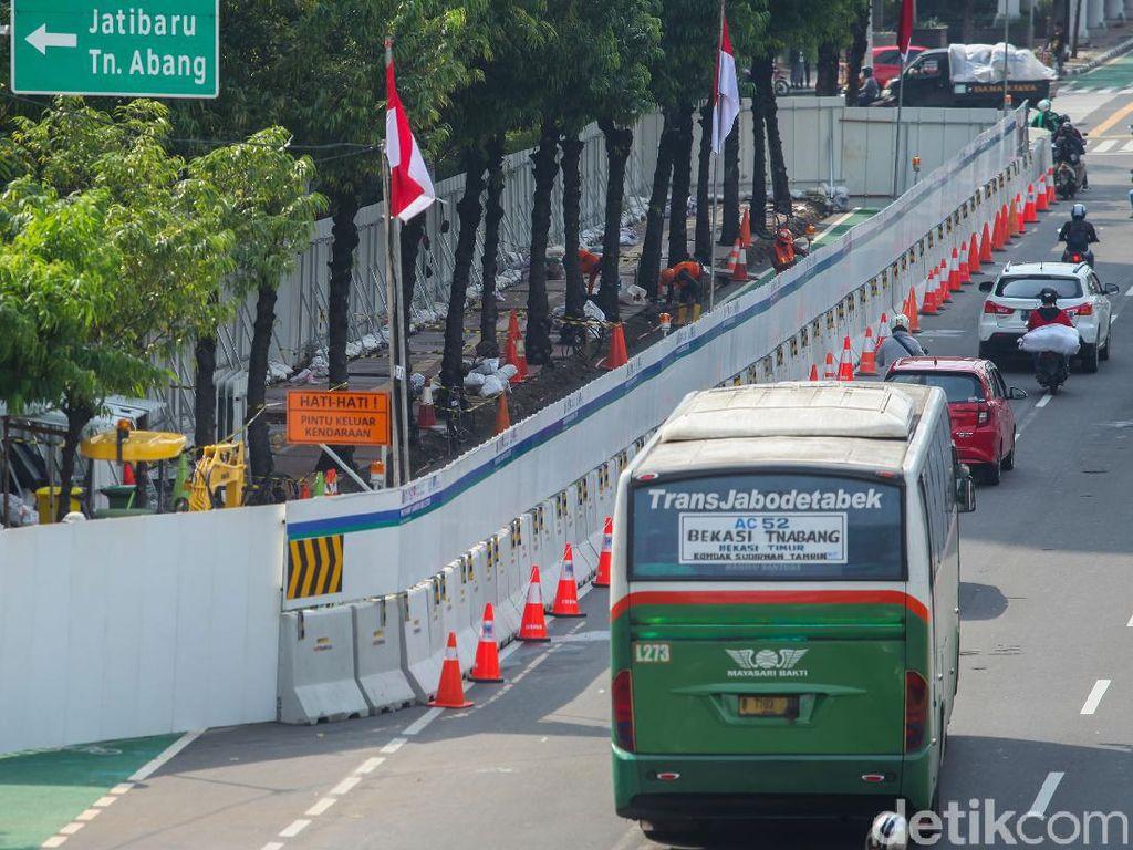 Demo Tolak Omnibus Law Sempat Rusuh, Ganggu Proyek MRT Fase II?