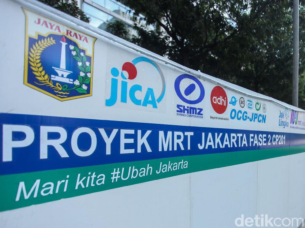 Ada Proyek MRT Fase II, JPO Bank Indonesia Dibongkar