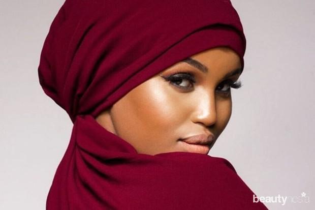hijab yang sesuai warna kulit sawo matang yaitu warna pastel dan cenderung gelap seperti biru navy, maroon, atau mauve