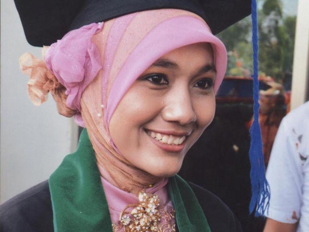 Kisah Wanita Aceh Dapat Beasiswa di Harvard untuk Mengajar Bahasa Indonesia