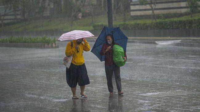 Prakiraan Cuaca BMKG 14 Januari: Waspada Hujan Disertai Petir di Jaksel-Jaktim