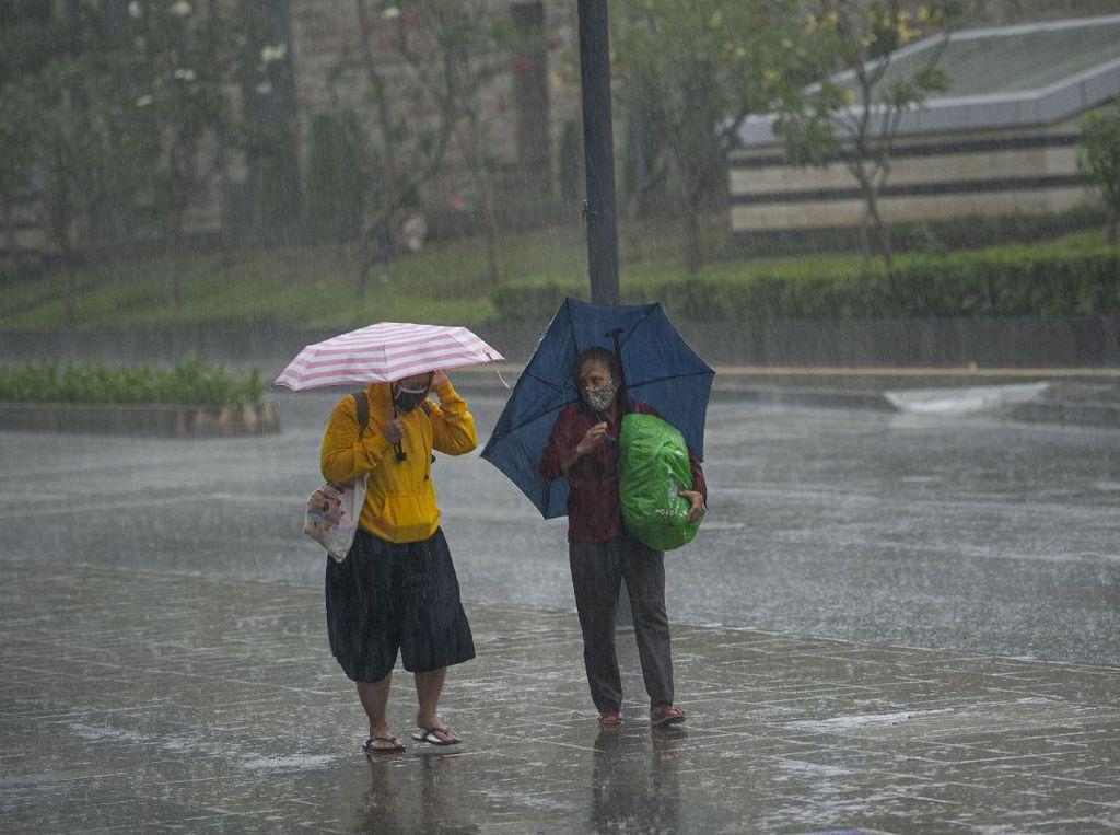 Siap-siap Payung Lur! Yogya Diperkirakan Hujan Seharian Ini