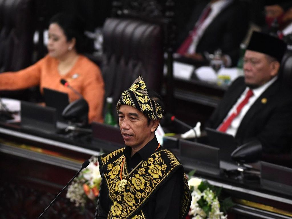 10 Poin Pidato Jokowi Bajak Momentum Krisis