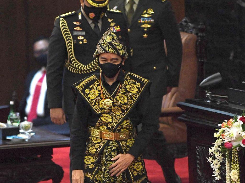 Sentilan Jokowi untuk yang Merasa Paling Agamis-Pancasilais