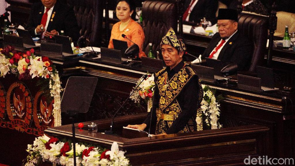 Jokowi Sampaikan Pidato Kenegaraan di Sidang Tahunan MPR