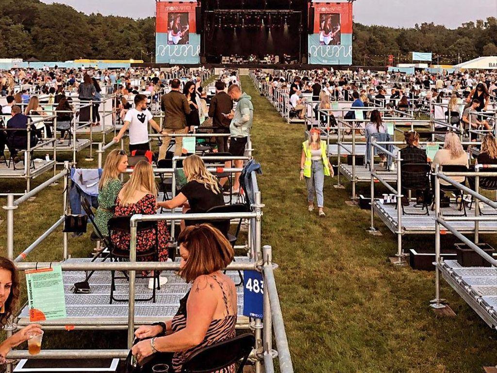 Inggris Gelar Konser Social Distancing, Ada Tiket Gratis untuk Paramedis