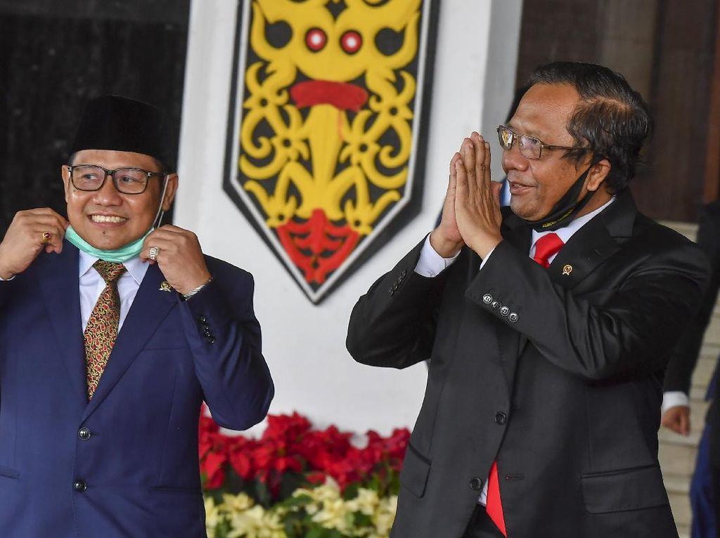 Mahfud Md Cuit Angka Kemiskinan Akhir Periode SBY, Lalu Dikoreksi PD