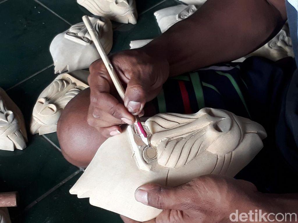 Miris! Topeng Desa Bobung Cuma Laku Rp 120 Ribu dalam 6 Bulan