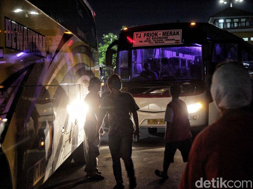 PSBB Ketat Lagi, PO Bus: Jangan Sampai Angkutan Bodong Beredar
