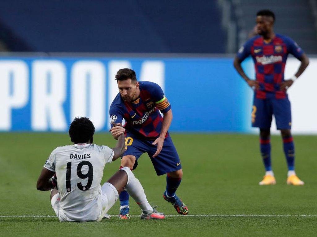 Cerita Alphonso Davies Ditolak Minta Kaus Messi