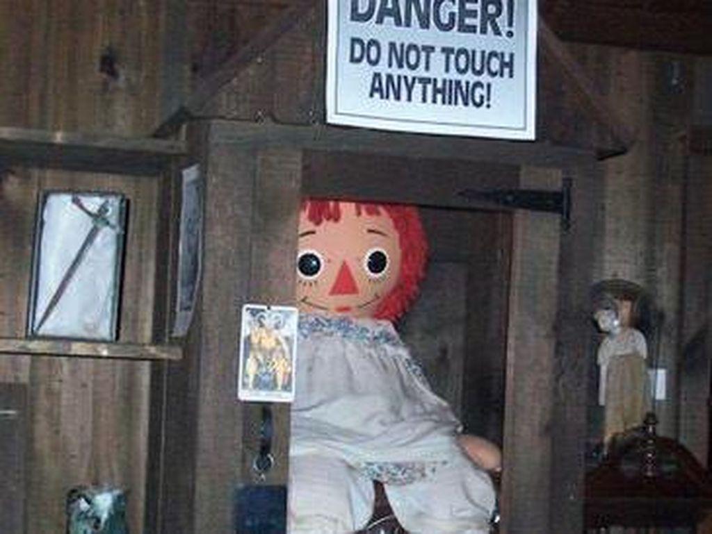 Boneka Annabelle yang Diduga Kabur Hanyalah Hoaks