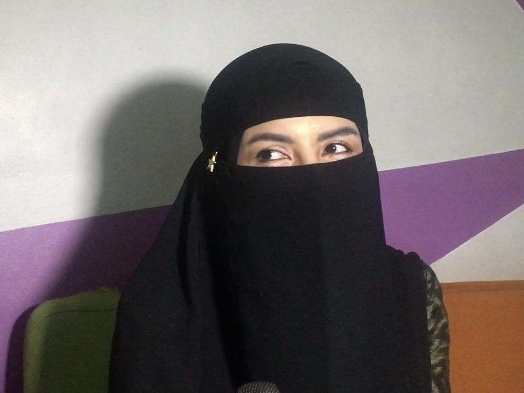 Potret Five Vi Bercadar Usai Hijrah