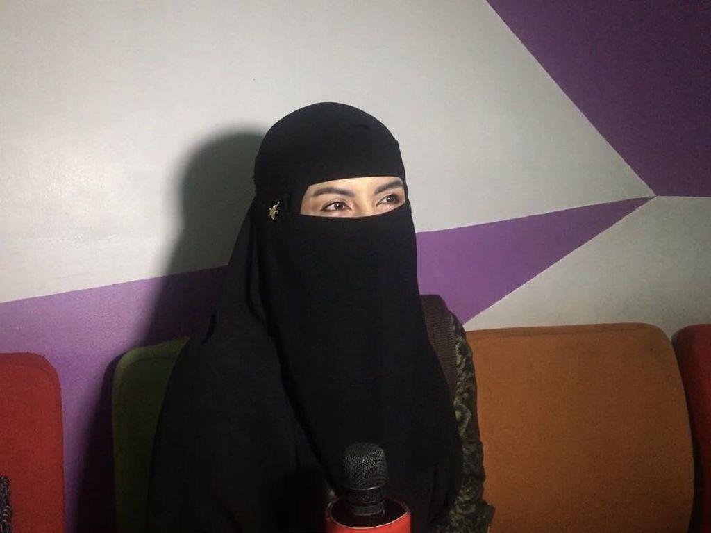 Hijrah, Five Vi Kini Pilih Dagang