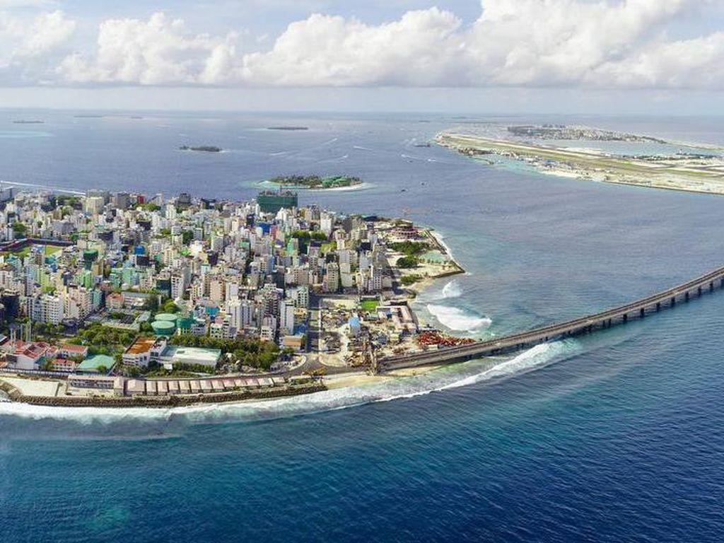 India Gusur China Danai Proyek Infrastruktur di Maladewa