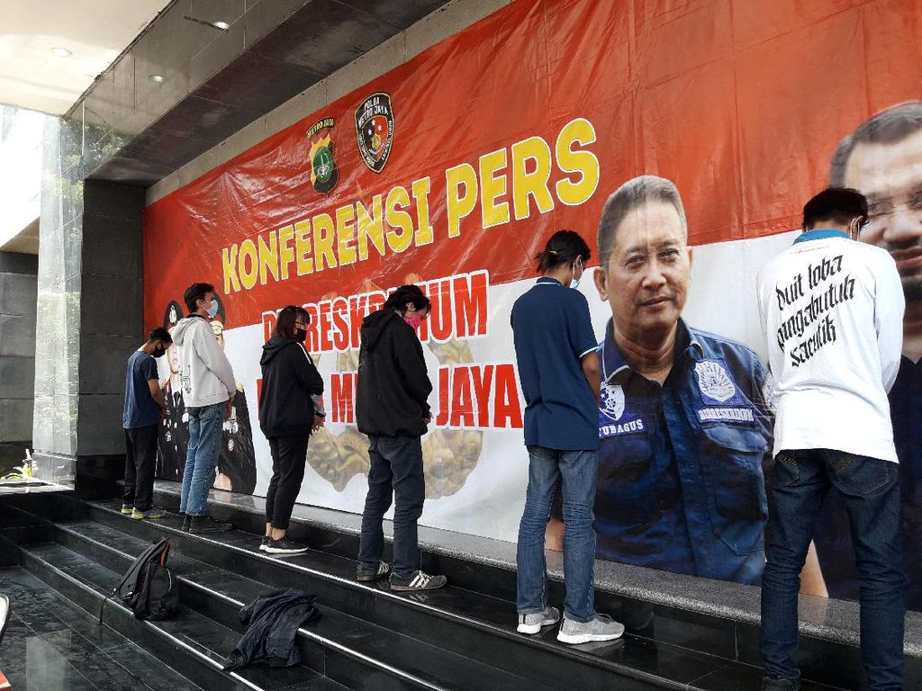 7 Orang yang Hendak Rusuh di Demo Depan DPR Masih Diperiksa, 1 Dipulangkan