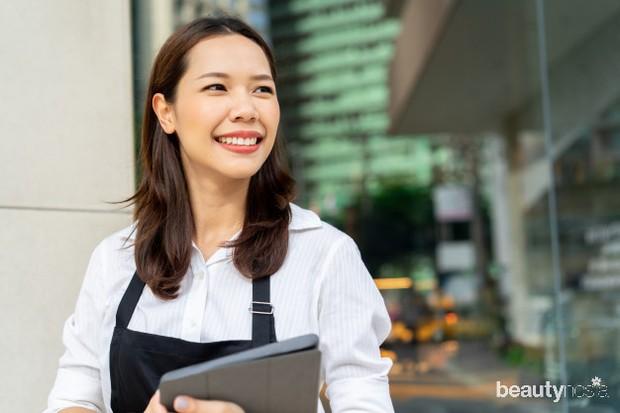 Ambil kesempatan magang atau lakukan pekerjaan part time untuk penghasilan sementara.