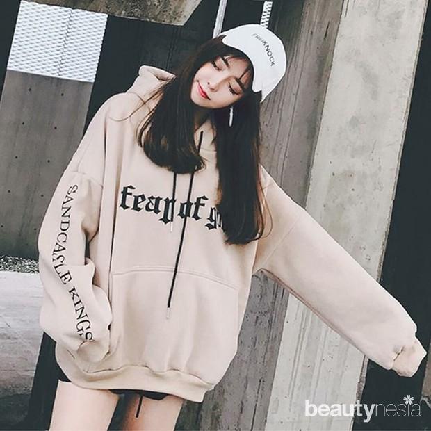 Gaya fashion dengan hoodie