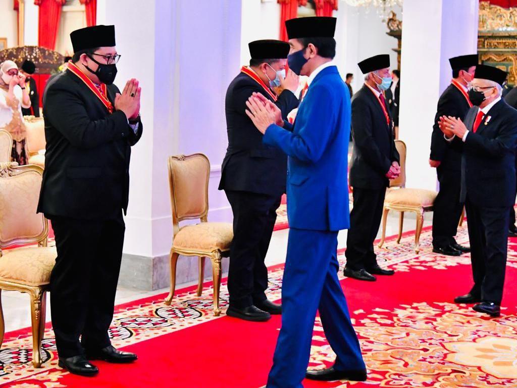 Kritik Perdana Fadli Zon ke Jokowi Usai Terima Bintang Jasa