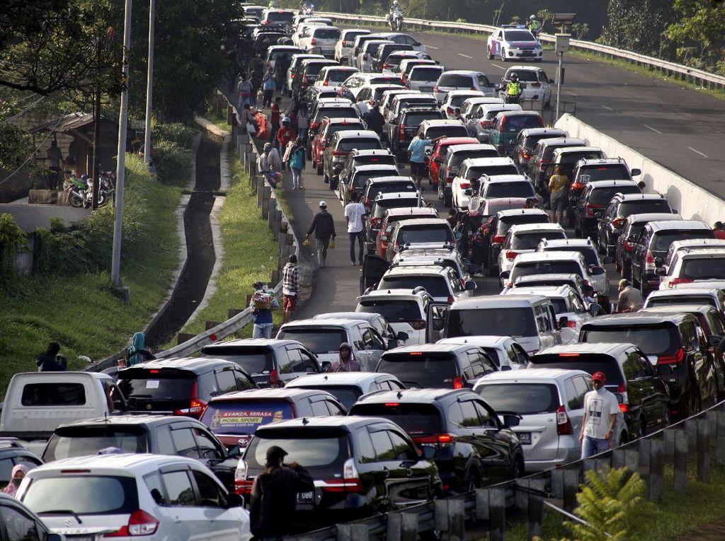 Long Weekend Tahun Baru Islam, Polisi Akan Berlakukan One Way di Puncak