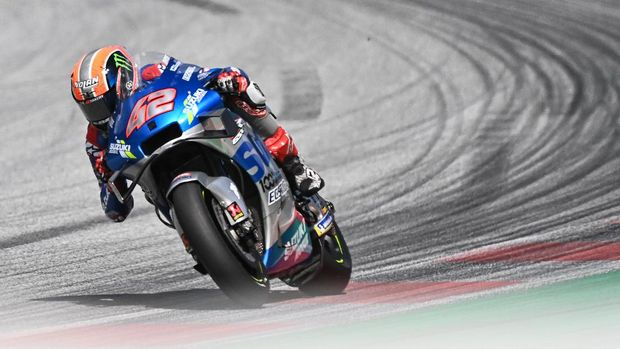 Suzuki Ecstar's Spanish rider Alex Rins rides his bike during the Moto GP Austrian Grand Prix at the Red Bull Ring circuit in Spielberg, Austria on August 16, 2020. (Photo by Joe Klamar / AFP)