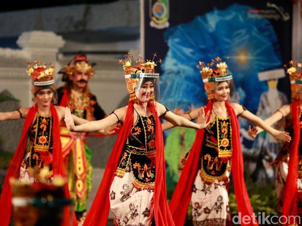 Simulasi Kebiasaan Baru, Pelaku Seni Tradisi Kembali Pentas di Banyuwangi