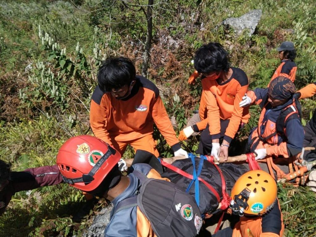 Pendaki Meninggal Saat Rayakan HUT RI di Gunung Bawakaraeng Sudah Dievakuasi