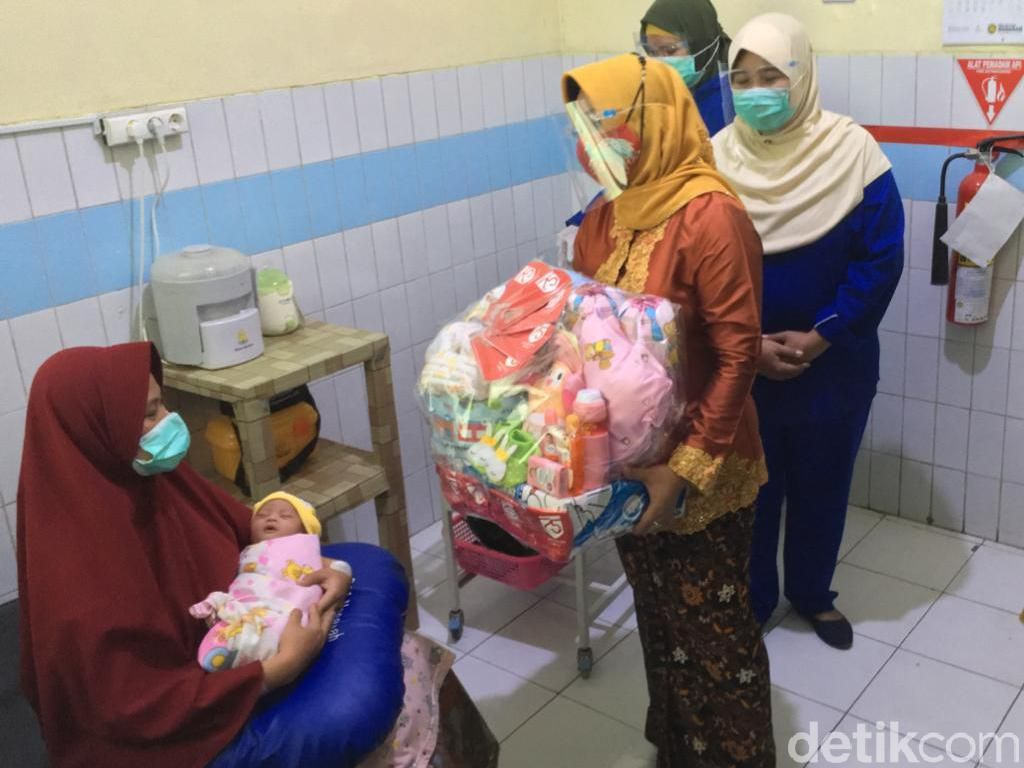 Cerita Pasutri di Mojokerto yang Anaknya Lahir di Hari Kemerdekaan