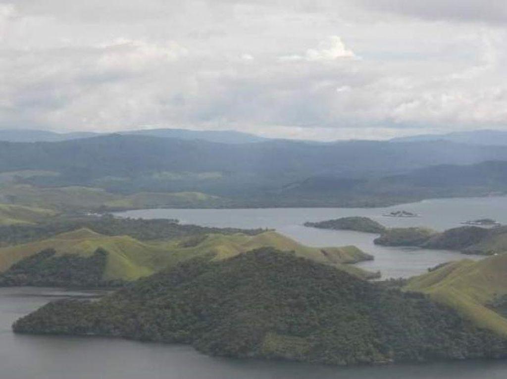 Danau Sentani Karya Alam Terindah di Papua