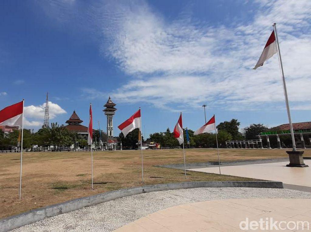 Dikritik Gus Mus Soal Bendera, Pemkab Rembang: Tidak Ada Kewajiban