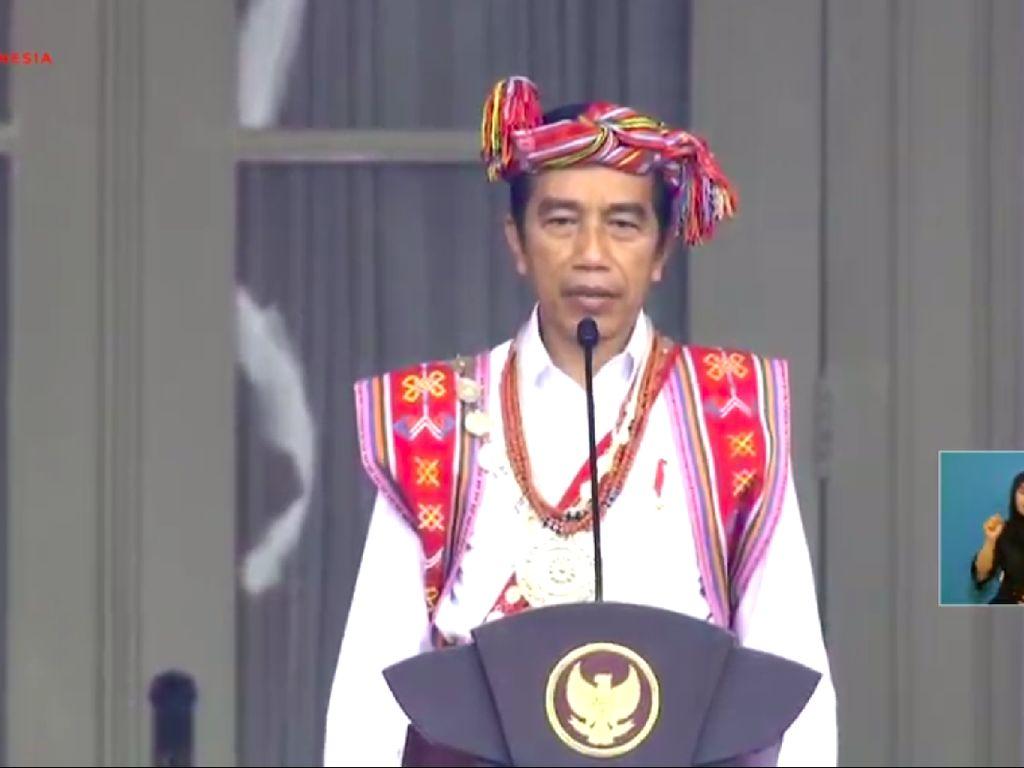 Aneka Makna Baju Adat Pejabat Saat Upacara HUT RI di Istana