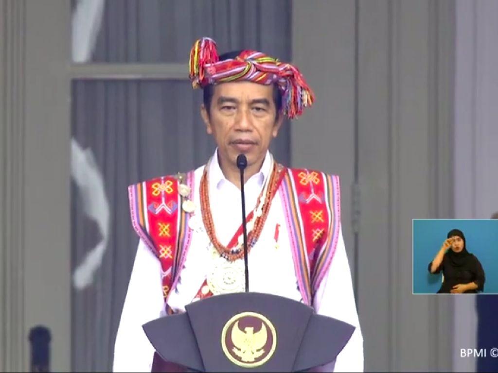 Berbaju Adat Timor Tengah Selatan, Jokowi Jadi Inspektur Upacara HUT RI Ke-75