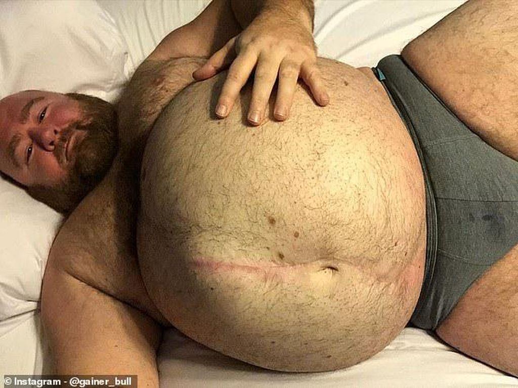 Punya Bobot 226 Kg, Pria Ini Makan Banyak untuk Tujuan Erotis