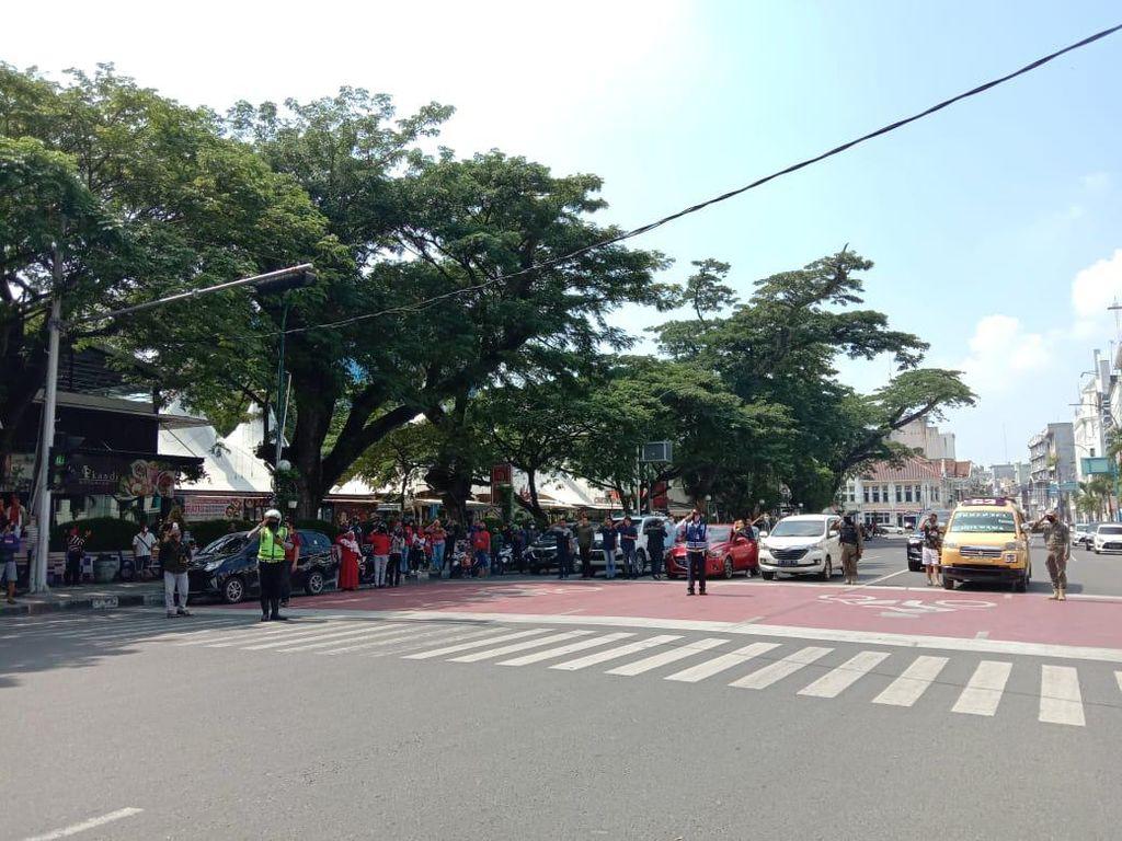 Traffic Light di Medan Merah Serentak Saat Detik-detik Proklamasi HUT RI