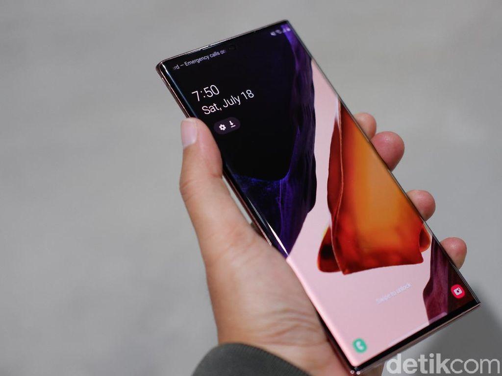 Daftar HP Samsung yang Dapat Tiga Kali Update Android Terbaru