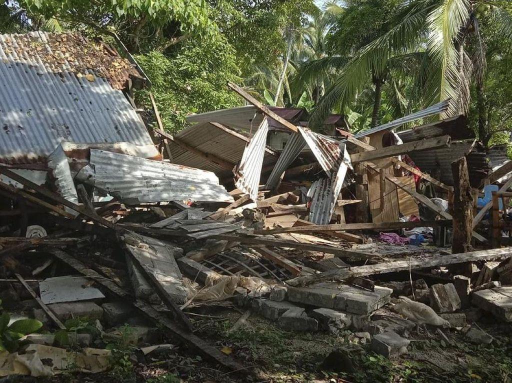 Gempa Bumi M 6,7 Guncang Filipina, Warga Panik Berlarian ke Jalan