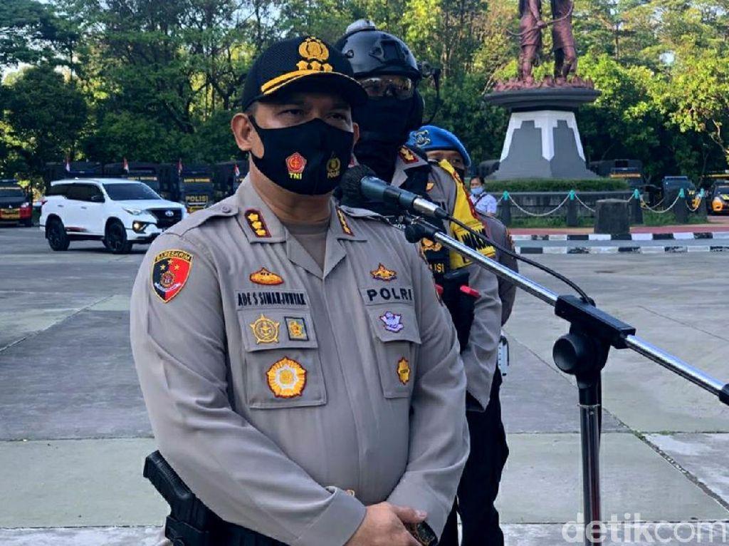 Polisi Geledah Rumah Pelaku Penembakan Mobil Bos Tekstil di Solo